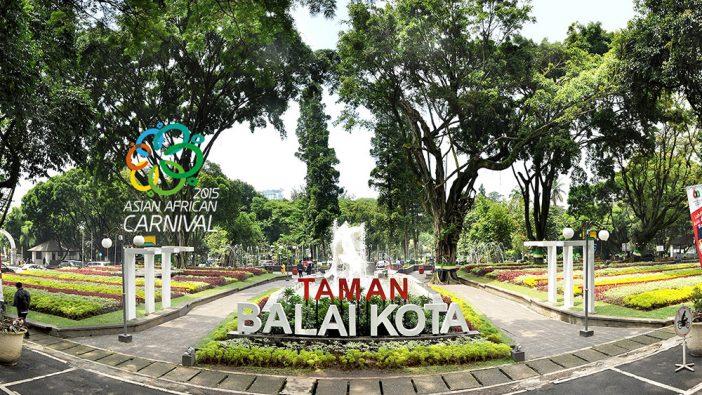 tempat wisata dekat stasiun bandung taman balai kota