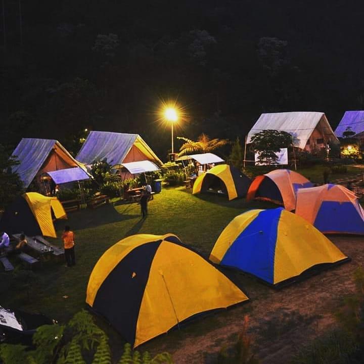wisata camping di bandung Glamping Legok Kondang Lodge