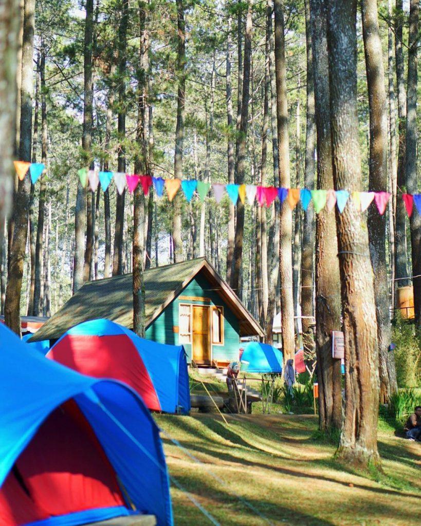 wisata camping di bandung grafika cikole bandung