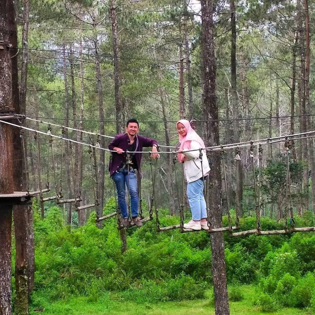 tempat wisata bandung - bandung treetop adventure park
